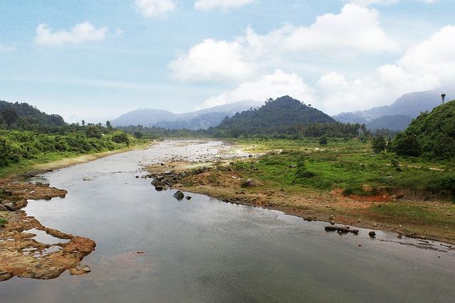 Mengulik Berbagai Misteri dan Hal Menakjubkan dari Sungai Mahakam di Kaltim